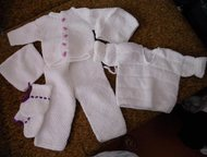 Ангарск: вяжу детям Вяжу детям ( в т. ч. новорожденным) от пинеток до курточек, а также пледы, одеяльца. Профессиональная ручная вязка, качественно, быстро, це