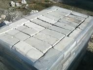 Продаю кирпич белый б/у Продаю кирпич белый б/у, одинарный, в хорошем состоянии, очень крепкий, собранный на поддонах, упакованный пленкой. Цена за шт, Барнаул - Строительные материалы