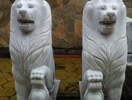 Продам мраморных львов продам двух мраморных львов ручной работы! ( 250000 р цена за двух сразу) мраморные подставки в комплекте. (Торг уместен), Челябинск - Антиквариат, предметы искусства