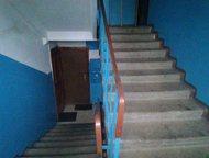 Гатчина: Продам комнату в г, Гатчине Продажа комнаты в Гатчине по ул. Урицкого д. 35  в 5-ти этажном панельном доме на 3-ем этаже.   Площадь комнаты - 11 м2 ,