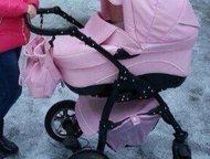 Срочно продам коляску 2 в 1 Срочно!   продам коляску, 2 в 1  материал: эко-кожа, розовый  в комплекте: сумка, дождевик, москитная сетка.   цена: 10000, Гатчина - Детские коляски