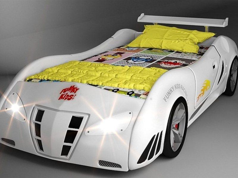 Кровать машинка пластика