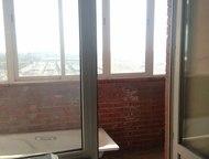 Таганрог: Продам квартиру 1-к квартира 42 кв. м. , ул. С. Шило, на 9 этаже 10-этажного кирпичного дома, 10-й этаж - технический. Дом 2010 года постройки. S = 42