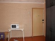 Продается комната Продается комната 12м от собственника , пластиковое окно, душ и туалет на двоих. В шаговой доступности ТРЦ Север, поликлиника, дет, Оренбург - Комнаты