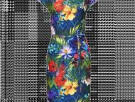 Платье женское НОВОЕ! Платье из эластичного джерси с тропическим рисунком.   Прямой силуэт.   Эффектная драпировка по горловине.   Короткий цельнокрое, Уфа - Женская одежда